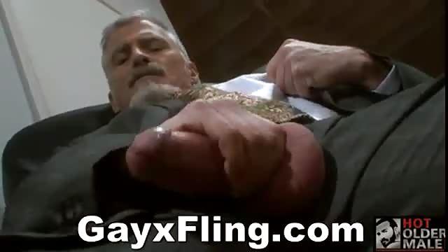 uomini pelosissimi video porno uomo maturo