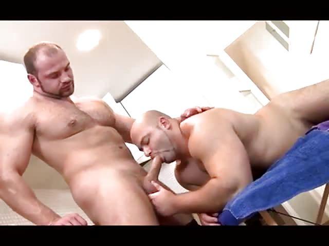 escort a venezia foto gay pelosi