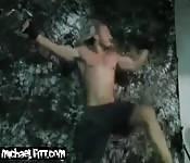 Tío de cuerpo perfecto en la web cam