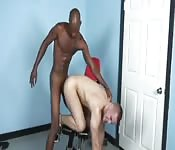 Super slender black dude fucking a white guy