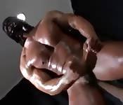 Mascherati e muscolosi