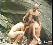 Sexy threeway on the rocks