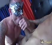 Scopatori mascherati