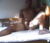 Solitario y cachondo, se masturba