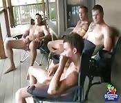 Четыре счастливых гетеросексуала