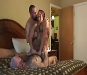 Muscular gay dudes goes down on Threesome
