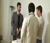 Hombres de negocios dominantes