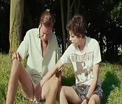 Lo studente e il professore in una scopata romantica