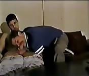 Comendo rola em frente de uma webcam