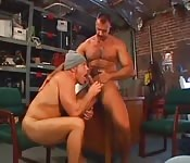Guys get fucked in the garage