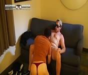 Sexo louco no sofá