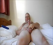 Older daddy wanking on his own