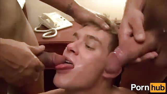 1 litre de foutre sur sa face - 1 part 2