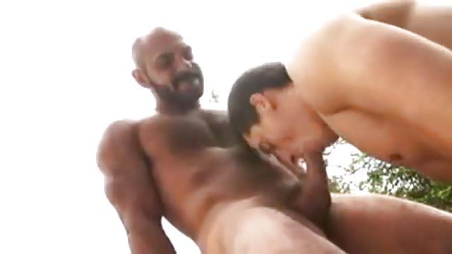 Horny Amateur Twinks Fuck Hard