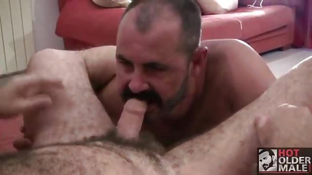 Porno gays con hombres maduros