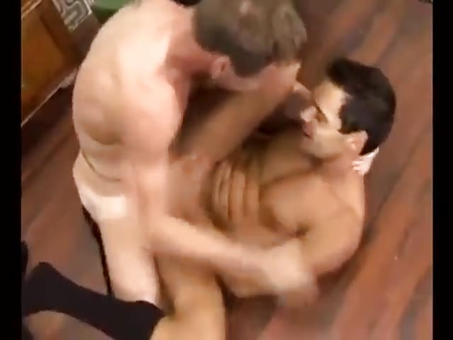Gay guy gets his tight ass pounded