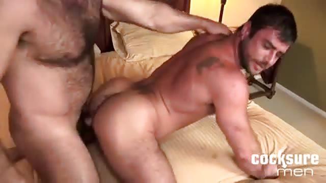 video gay uomini donne scopano
